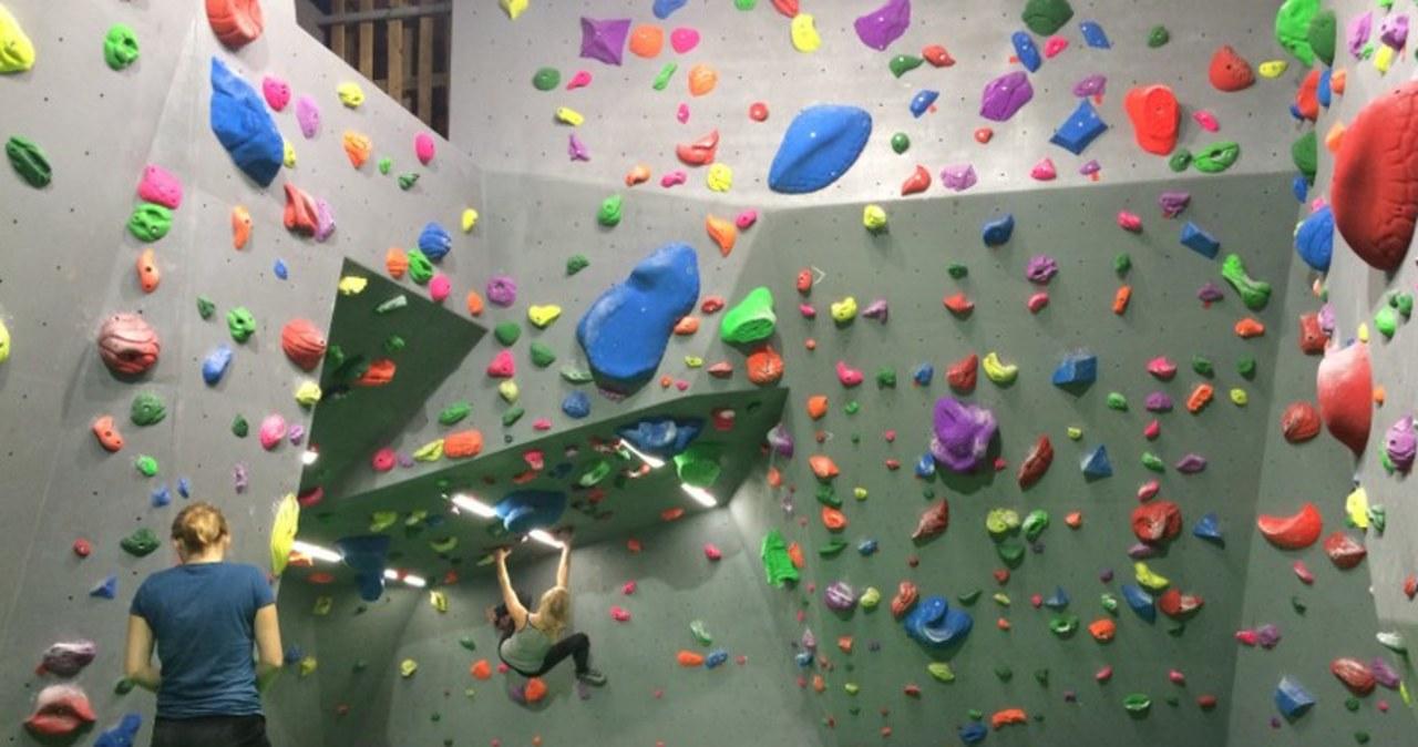 Spróbój swoich sił na ściance wspinaczkowej
