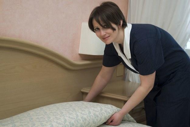 Sprzątanie to jedna z najbardziej pożądanych na emigracji prac dla kobiet /123RF/PICSEL