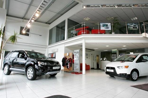 Sprzedaż samochodów spadła do dramatycznego poziomu /