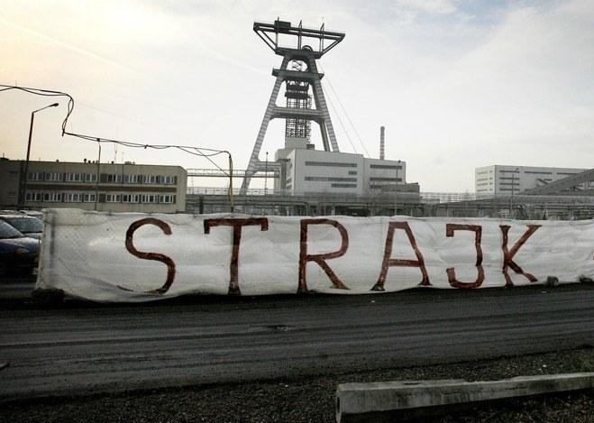 Staną kopalnie i huty /Andrzej Mikruta /Reporter