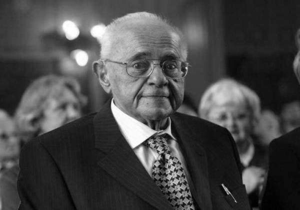 Stanisław Lem miał 84 lata/fot. T. Rytych /Agencja SE/East News