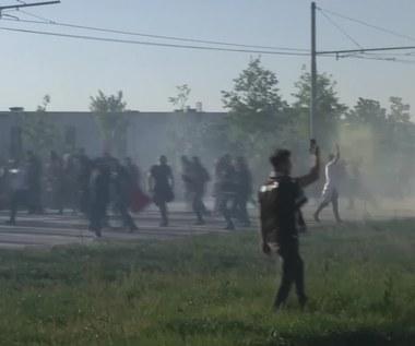 Starcia kibiców z policją przed meczem Olympique - Besiktas. Wideo