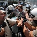 Starcia policji z demonstrantami w Atenach