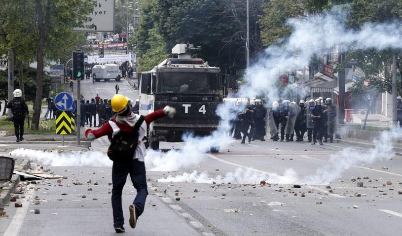 Starcia w Stambule /PAP/EPA
