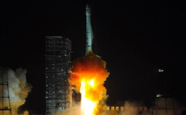 Start chińskiej rakiety Long March-3B /AFP