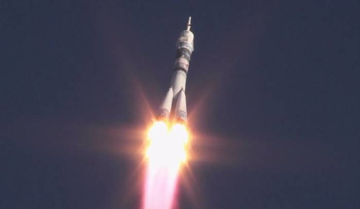 Start rakiety ze statkiem załogowym Sojuz TMA-11M /NASA