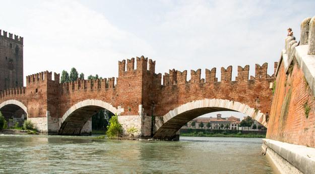Stary most w Weronie /123/RF PICSEL