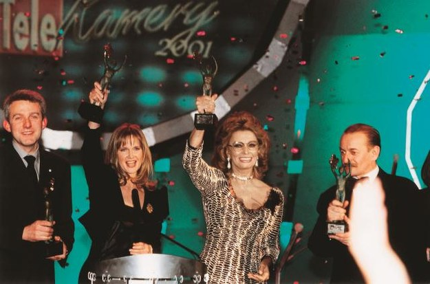 – Statuetka będzie stała obok Oscara – uznała Sophia Loren, która gościła  u nas w 2001 roku. /Arch. Bauer