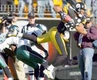 Steelers - Eagles 27-3. W ten sposób Hines Ward zdobył pierwsze przyłożenie /AFP