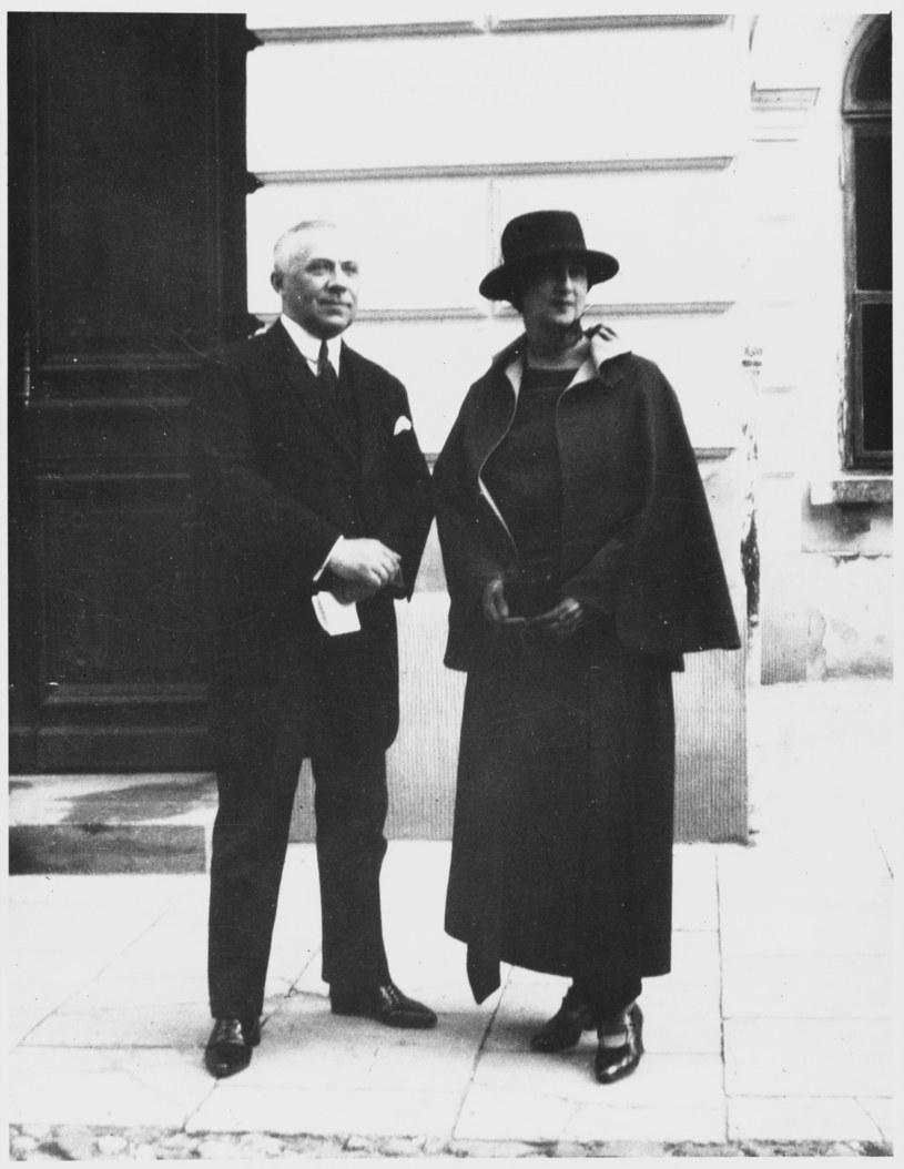 Stefan Ossowiecki z żoną /Mary Evans Picture Library /Agencja FORUM
