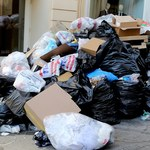 Sterty śmieci na ulicach w Grecji! Trwa strajk służb komunalnych