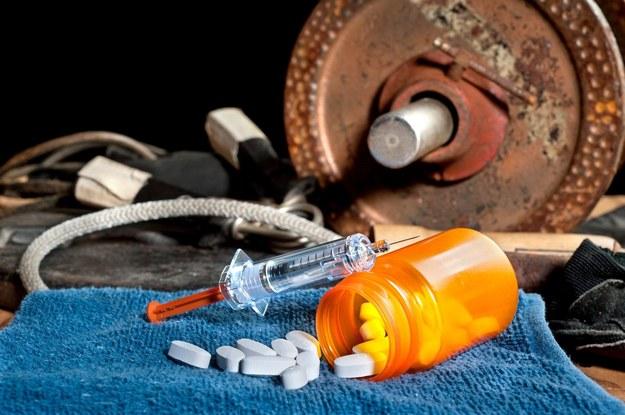 sterydy anaboliczne a alkohol