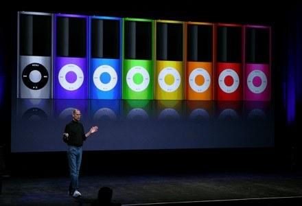 Steve Jobs prezentuje światu nowe iPody /AFP
