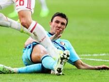 Steven Berghuis kopnął piłkę w kibiców Ajaksu