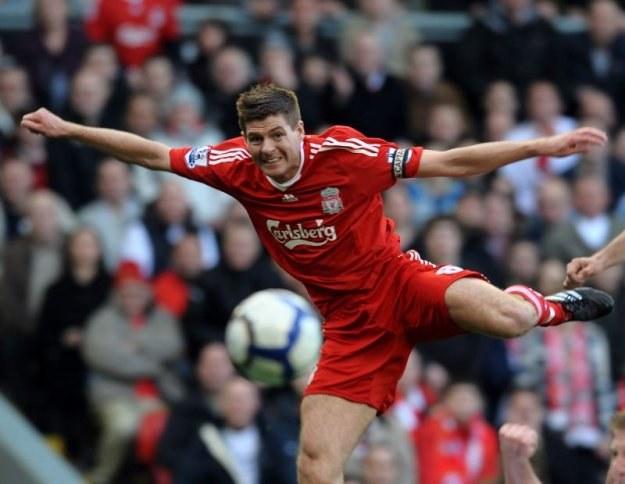 Steven Gerrard - kapitan i gwiazdor Liverpool FC /AFP