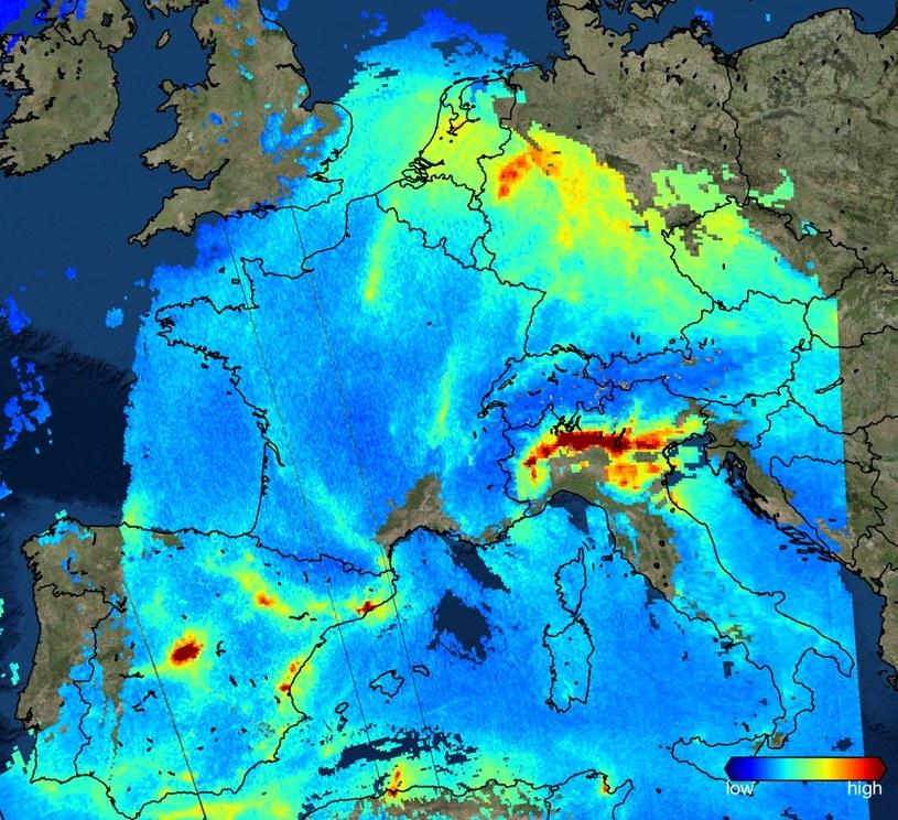 Stężenie dwutlenku azotu w atmosferze nad Europą - obraz z Sentinela 5P /materiały prasowe