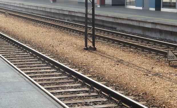 Sto metrów od tragedii w Worowie. Dwa pociągi jechały na jednym torze