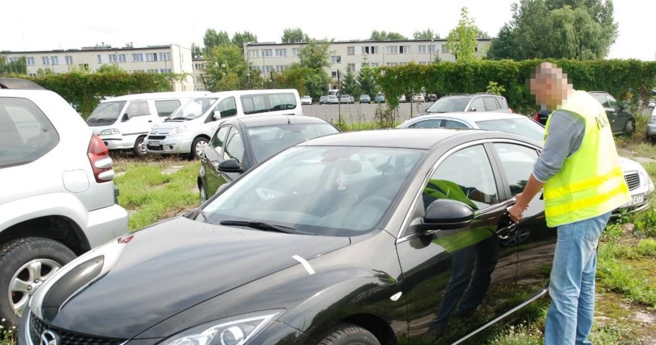 Stołeczni policjanci odkryli w komisie kradzione samochody