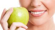 Stomatolog: Nie tylko słodycze szkodzą zębom