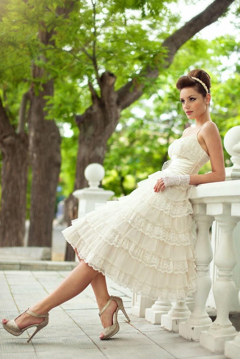 Stosuj racjonalną dietę, by pięknie wyglądać w dniu ślubu /©123RF/PICSEL
