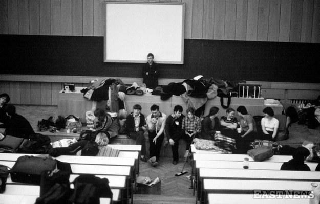 Znalezione obrazy dla zapytania studenci prl