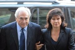 Strauss-Kahn z żoną w nowojorskim sądzie