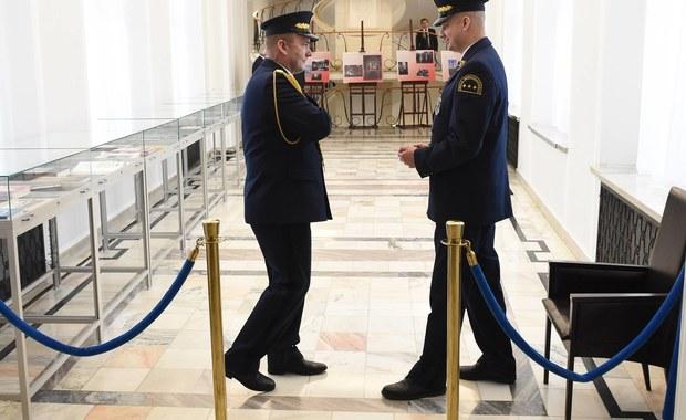 Straż Marszałkowska droższa od policji, strażaków i ABW