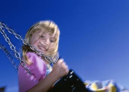 Straż Miejska zadba o bezpieczeństwo dzieci na placach zabaw. /© Bauer