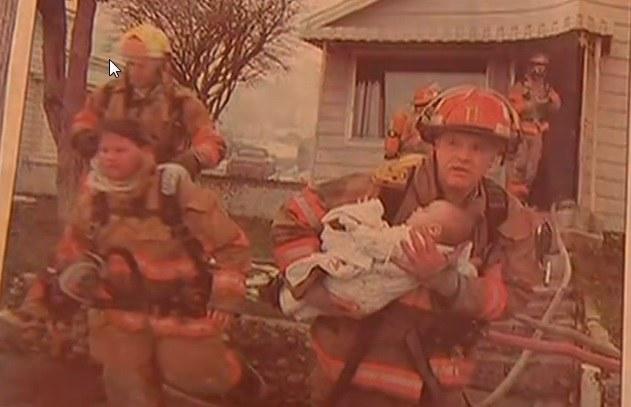 Strażak wyniósł 9-miesięczną Danielle z płonącego domu /abcnews.go.com /INTERIA.PL