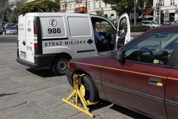 Strażnicy zajmują się głównie zakładaniem blokad / Fot: Robert Zalewski /Agencja SE/East News