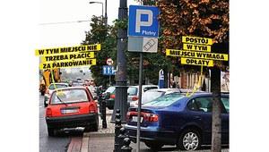 Strefa płatnego parkowania – nie zawsze trzeba płacić
