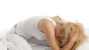Stres rozładujesz ćwiczeniami fizycznymi /123RF/PICSEL