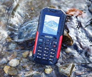 StrongPhone X3 – telefon outdoorowy z latarką