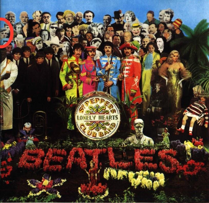 """Stuart Suttclife znalazł się po lewej stronie na okładce """"Sgt. Pepper's Lonely Hearts Club Band"""" /"""