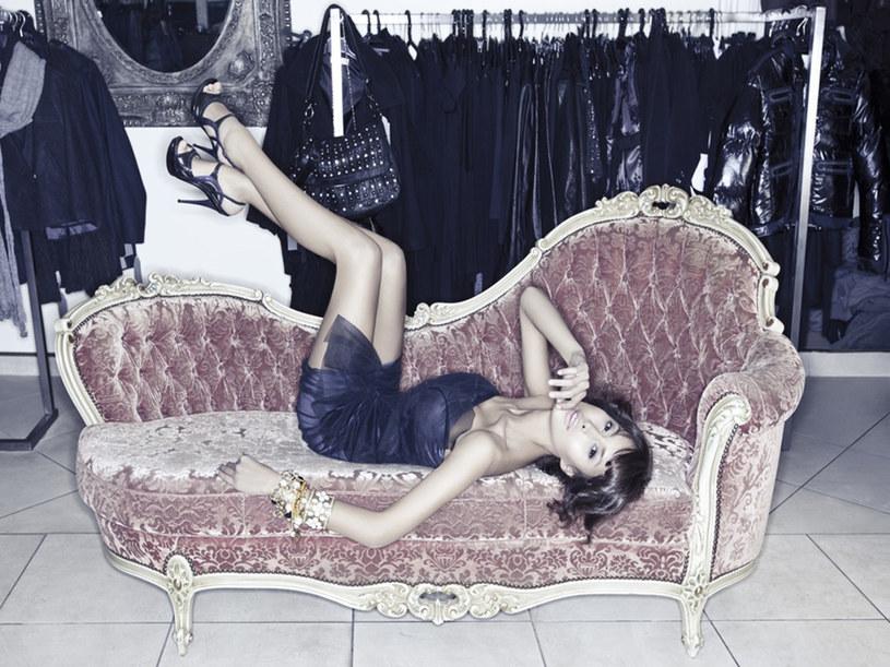 Stylistka: Justyna Ziarko, Makijaże i fryzury: Paola Mai, Modelka: Victoria Evseeva  /Marek Kowalski /materiały prasowe