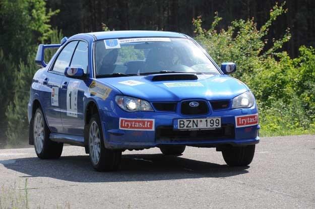 Subaru rok temu wygrało. Tym razem przegrało z abarthem. Fot. Algimantas Brazaitis /