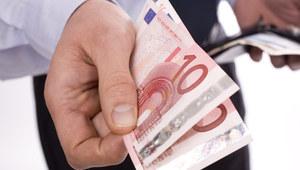 """""""Süddeutsche Zeitung"""": Pracownicy na Zachodzie zarabiają więcej niż w Polsce"""