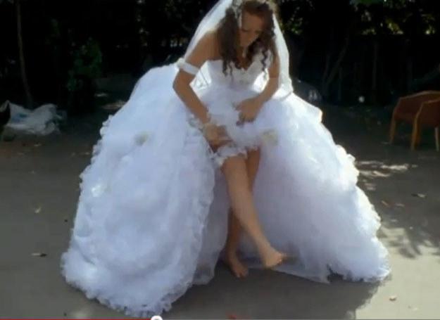 Suknia ślubna Josie /You Tube /INTERIA.PL