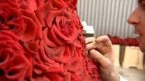 Suknia z płatków róż
