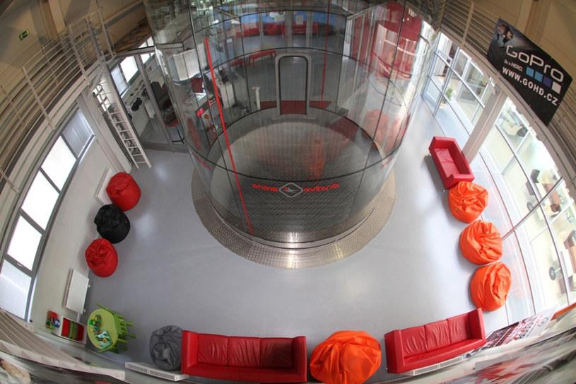 Superfly to ogromny pionowy tunel o średnicy 4,3 metra i wysokości ponad 17 metrów /materiały prasowe