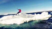 Surfowanie na górze lodowej - kto powiedział, że to niemożliwe?