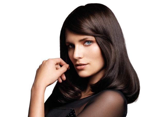 Suszarki, lokówki i prostownice nie zniszczą włosów, jeżeli będziesz przestrzegać kilku prostych zasad /materiały prasowe