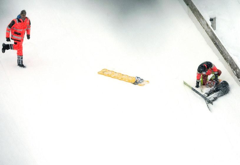Svenja Wuerth po upadku na skoczni w Hinterzarten /AFP