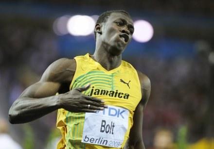 Świat jest pod wrażeniem wyczynu Usaina Bolta /AFP