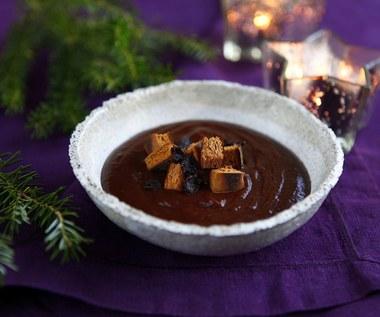Świąteczna zupa śliwkowa z piernikiem