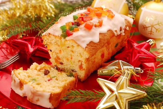 Świąteczny keks maślany z lukrem /123/RF PICSEL
