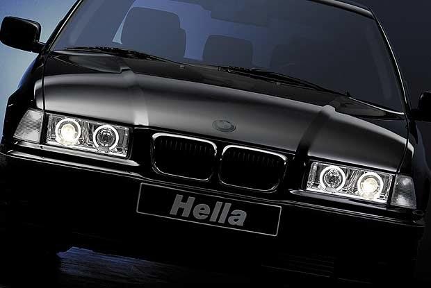 Światłowodowe pierścienie w BMW serii 3 (kliknij) /INTERIA.PL