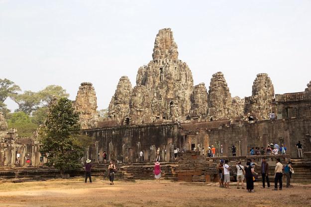 Świątynia Bayon w Kambodży /123/RF PICSEL