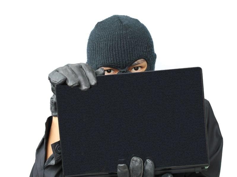 Święta są doskonałą okazją do uśpienia naszej czujności przez przestępców internetowych. /123RF/PICSEL
