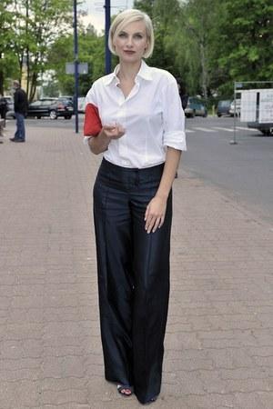 Sylwia Gliwa wybrała bluzkę o prostym fasonie  /Jacek Kurnikowski /AKPA